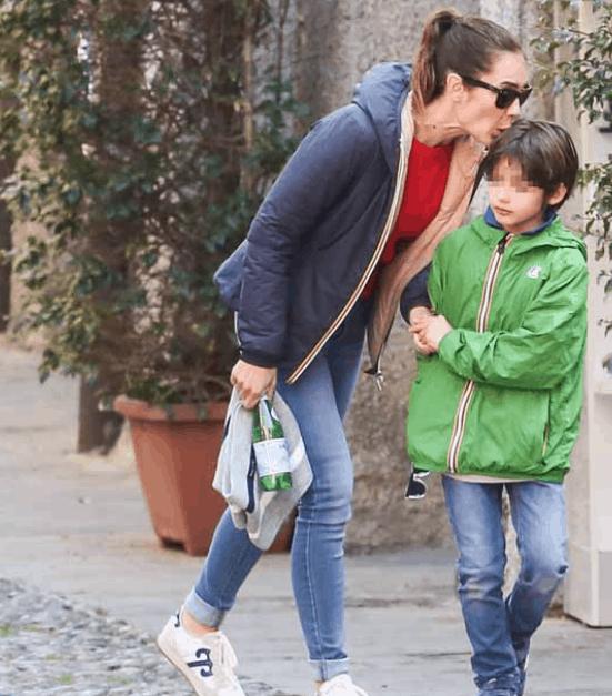 Silvia Toffanin e Pier Silvio Berlusconi tornano a Portofino con i figli (Foto)