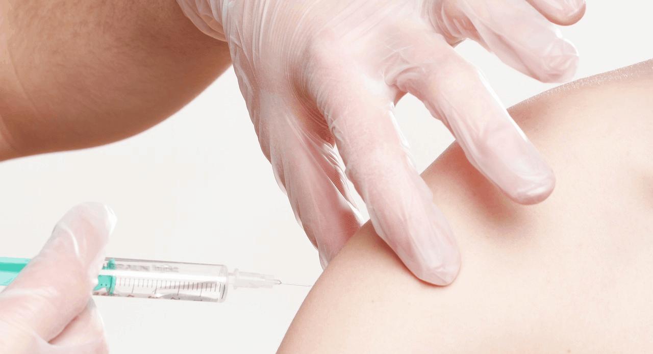 vaccini obbligatori asilo certificato