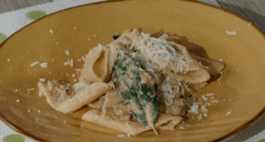 pasta con le melanzane di anna moroni da ricette all'italiana