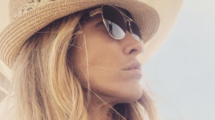 Elena Santarelli risponde a un hater su Instagram