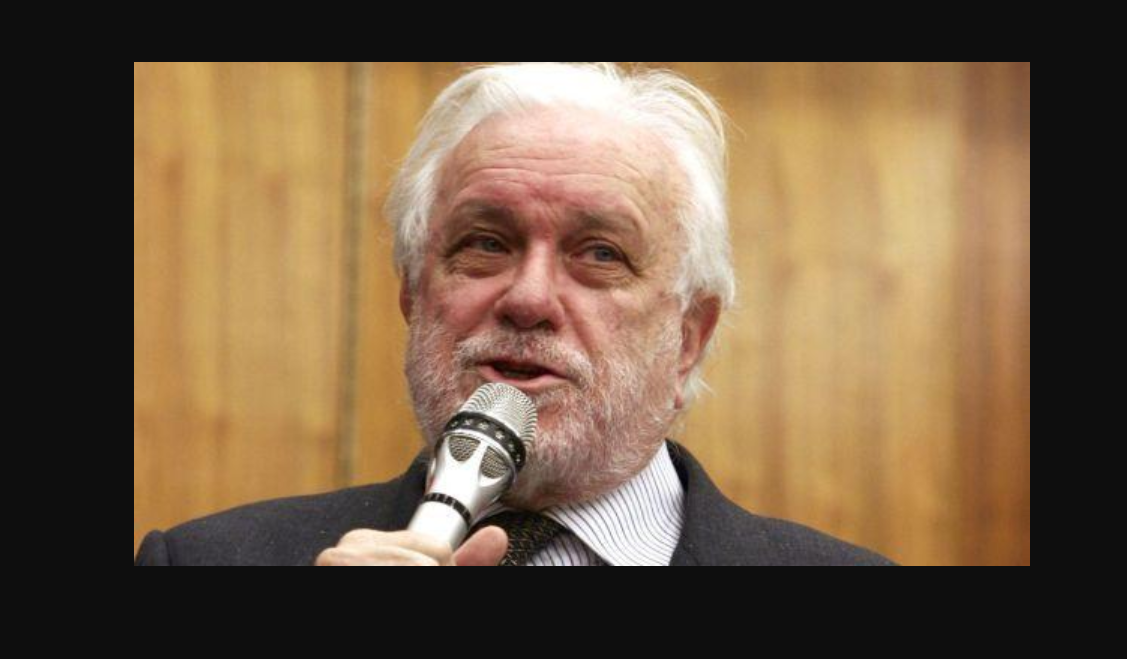 Luciano De Crescenzo è morto: ci lascia l'ingegnere filosofo