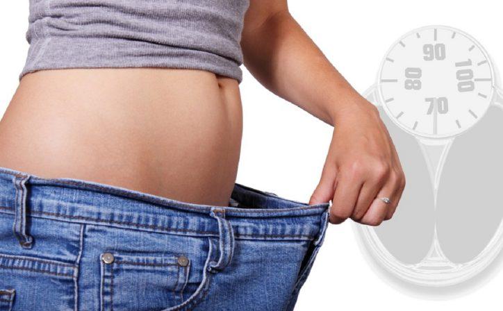 come eliminare il grasso da pancia e fianchi