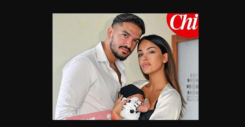 Rosa Perrotta e Pietro Tartaglione con Dodo posano su Chi: le foto