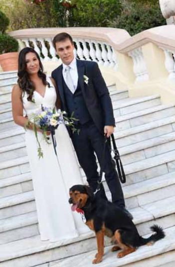 Tutti gli abiti del matrimonio di Louis Ducruet, stupenda la tuta di Stephanie di Monaco per il rito civile (Foto)