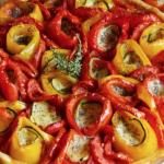 Ricette con i peperoni, la crostata salata ai peperoni e formaggio