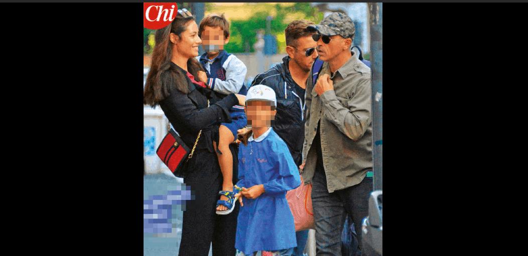 Eros Ramazzotti e Marica Pellegrinelli di nuovo insieme ma solo per il primo giorno di scuola (FOTO)