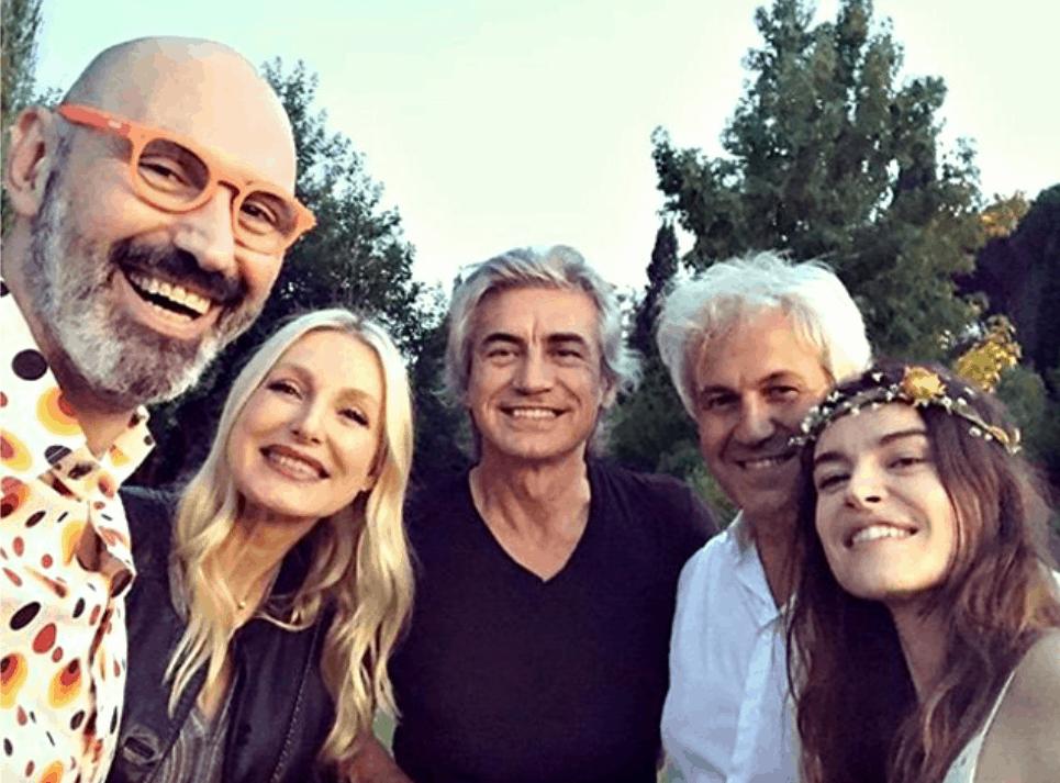 Matrimonio a sorpresa per Kasia Smutniak, bellissima ha sposato Domenico Procacci nella loro villa (Foto)