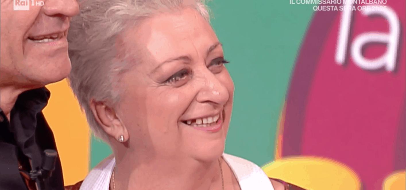 Alessandra Spisni commossa e felice per la sorpresa di suo marito a La prova del cuoco (Foto)