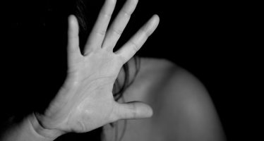 vicenza donna segregata casa picchiata