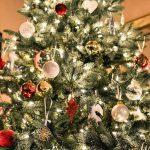 Natale, le tendenze addobbi per decorare l'albero con gusto (FOTO)