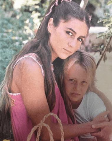 Romina Power non si dà pace e continua a postare messaggi per Ylenia (Foto)