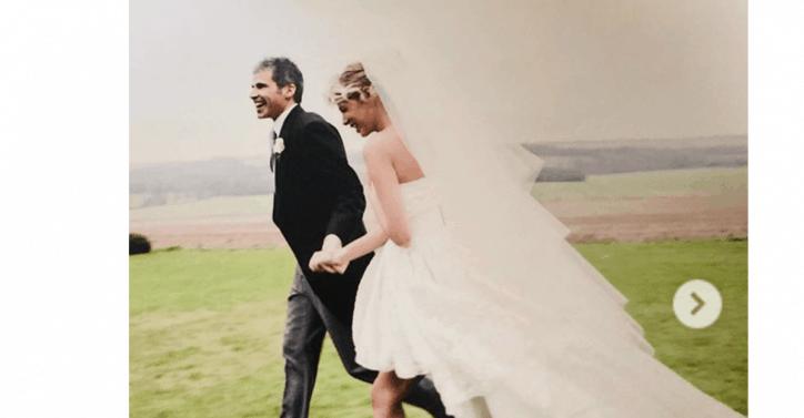 Anniversario Matrimonio Video.Alessia Marcuzzi Festeggia L Anniversario Di Matrimonio Mostrando