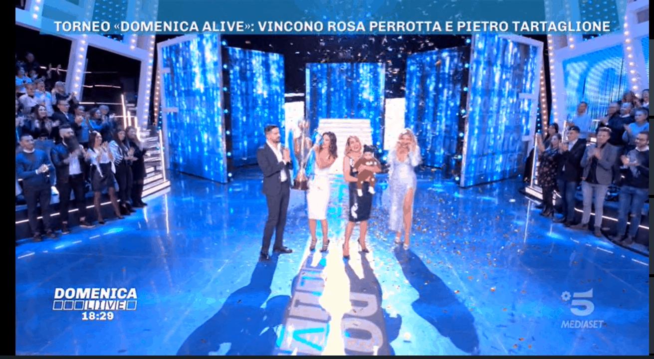 A Domenica Alive il vincitore non è Francesca Cipriani: niente spogliarello, ecco la classifica