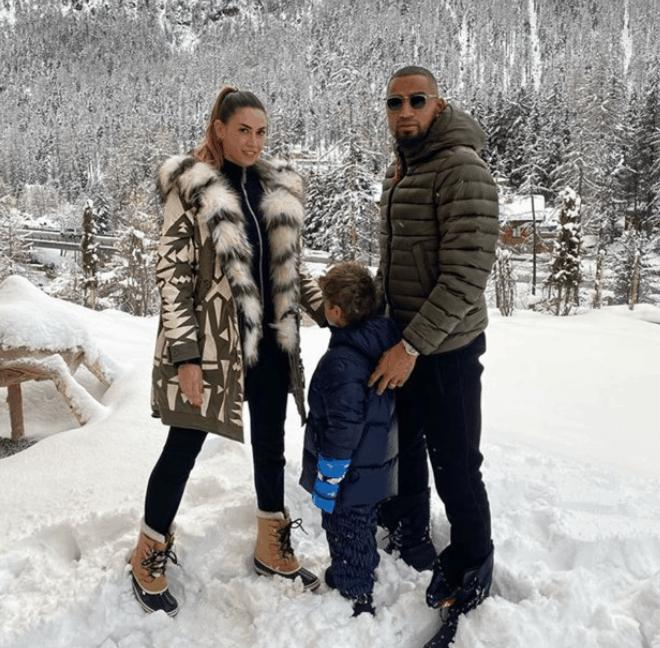 Melissa Satta e Boateng bellissimi in vacanza sulla neve con il piccolo Maddox (Foto)