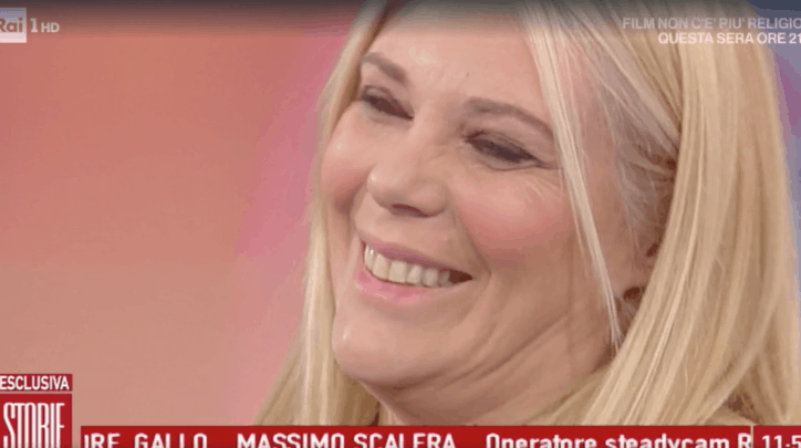 Fiocco rosa in Rai: Eleonora Daniele incinta. L'annuncio in diretta
