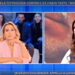 """Emanuela Tittocchia ancora contro il suo ex Fabio Testi da Pomeriggio 5: """"Accarezzava me e anche la mia amica"""""""