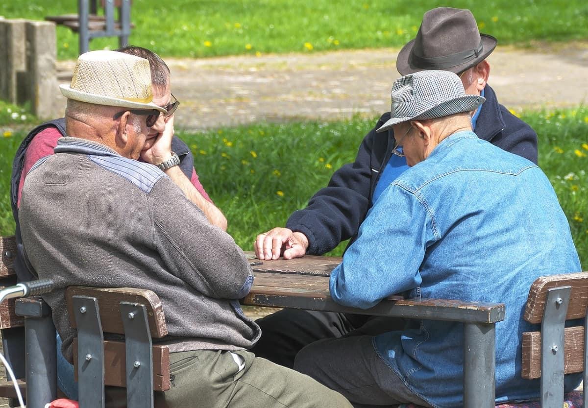 pensioni 64 anni 35 contributi