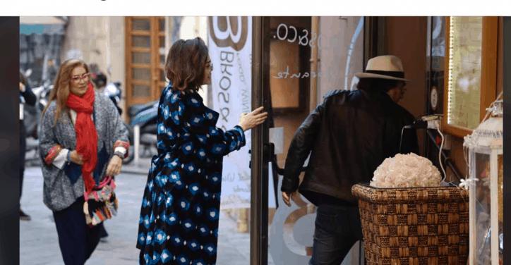 Al Bano e Romina Power insieme al ristorante più sorridenti che mai