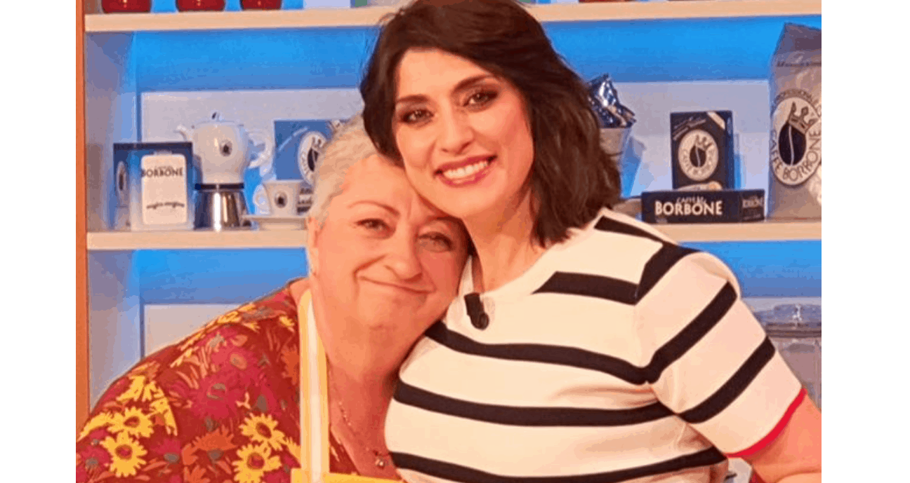 Dopo Antonella Clerici e Anna Moroni su Instagram arrivano le ricette di Elisa Isoardi e Alessandra Spisni