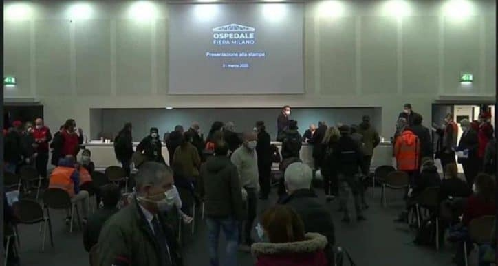 Immagini dalla conferenza stampa Lombardia inaugurazione ospedale in Fiera
