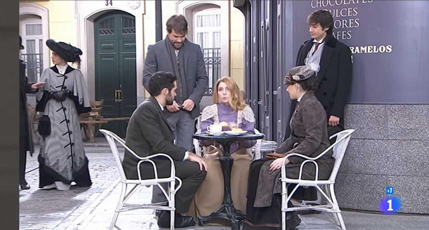 Una vita anticipazioni: Flora torna a casa, Telmo e Lucia pronti alle nozze
