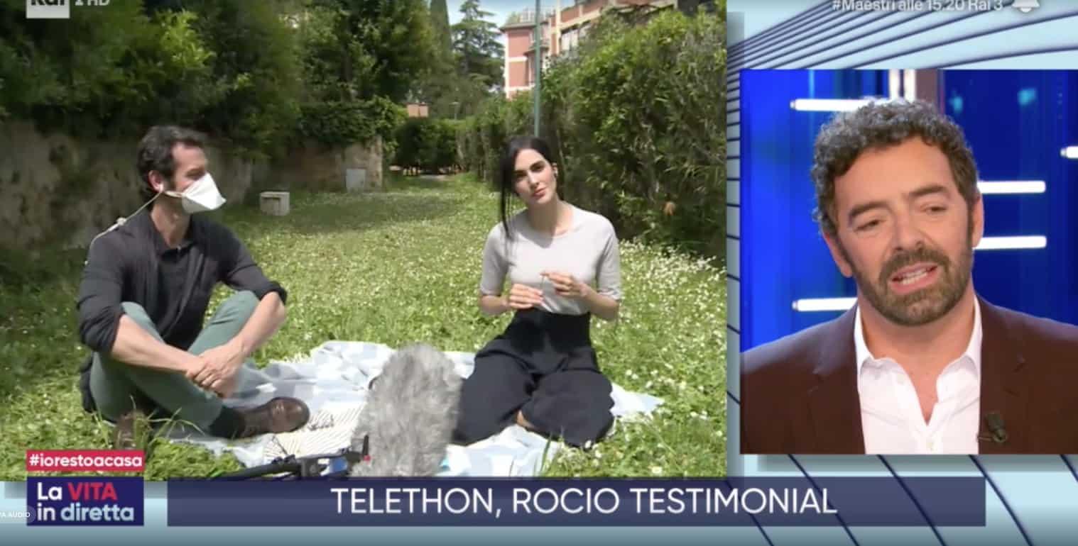 Rocio Munoz Morales a La vita in diretta nel giardino di casa tra le figlie  e il volontariato con Raoul (Foto)