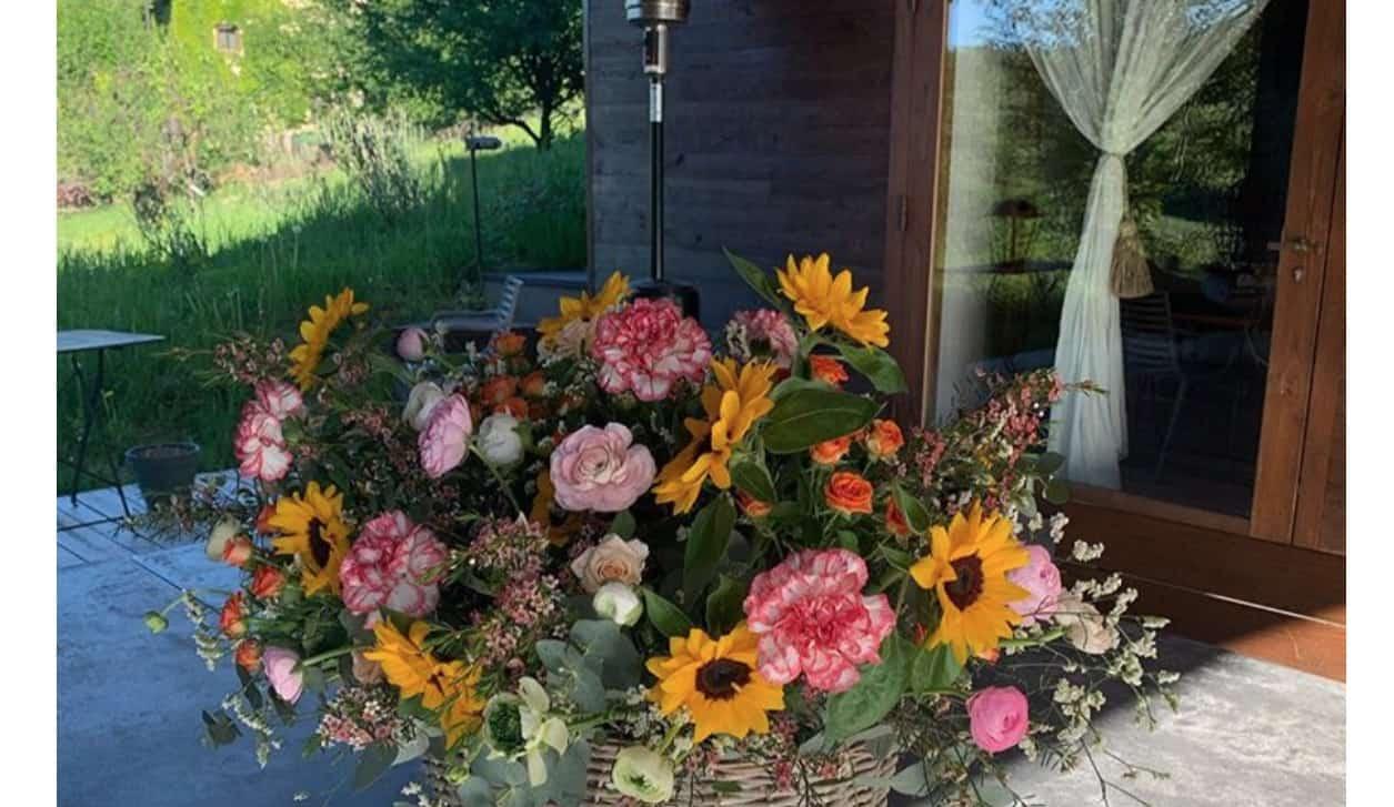 Antonella Clerici il suo primo maggio tra fiori e ricordi (Foto)