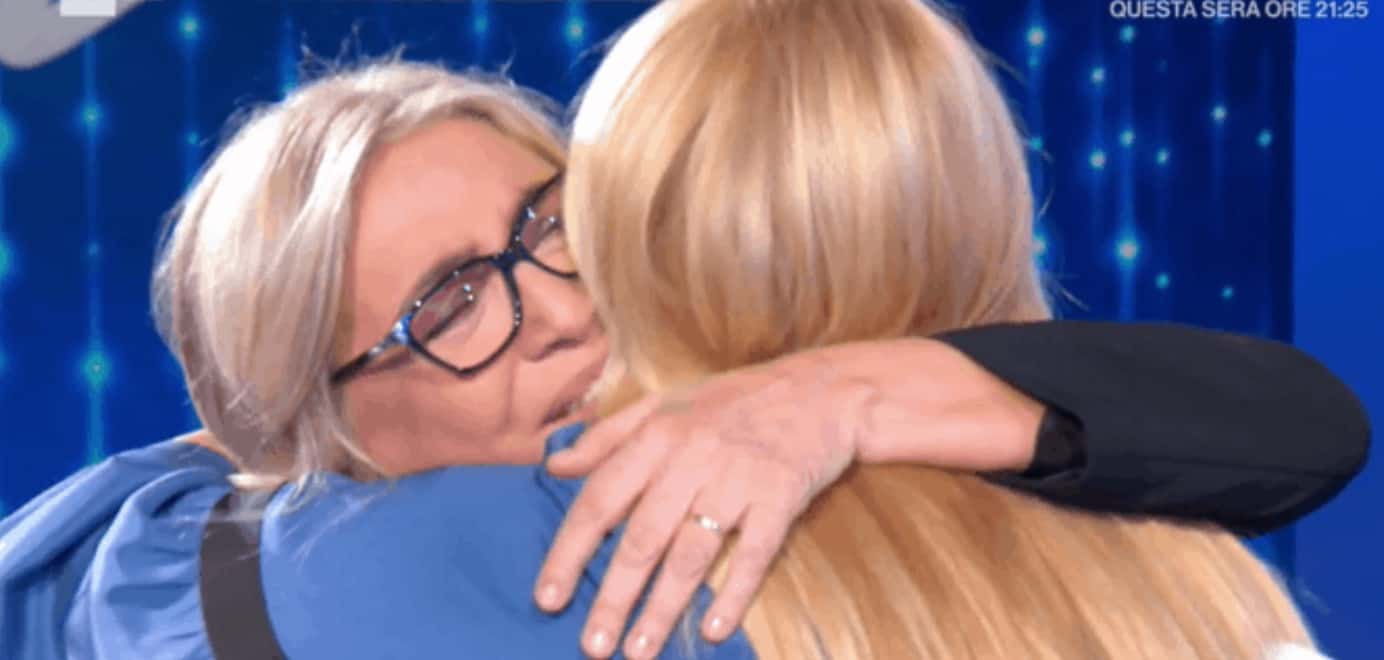 Eleonora Daniele spiega perché sarà Mara Venier la madrina di sua figlia (Foto)
