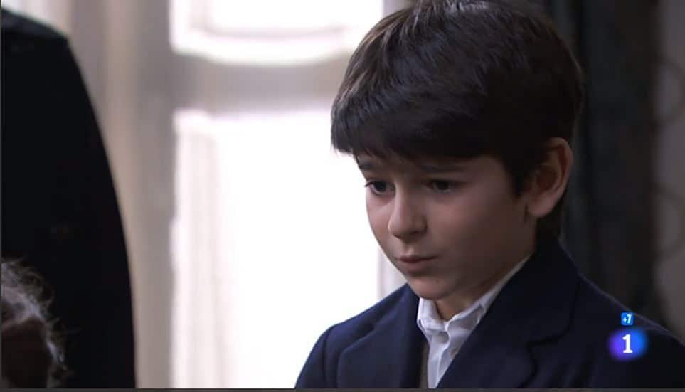 Una vita anticipazioni: Telmo sospetta che il piccolo Mateo sia suo figlio. Lucia tace