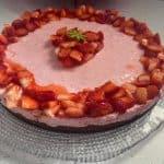 La ricetta della cheesecake alle fragole senza lattosio super semplice