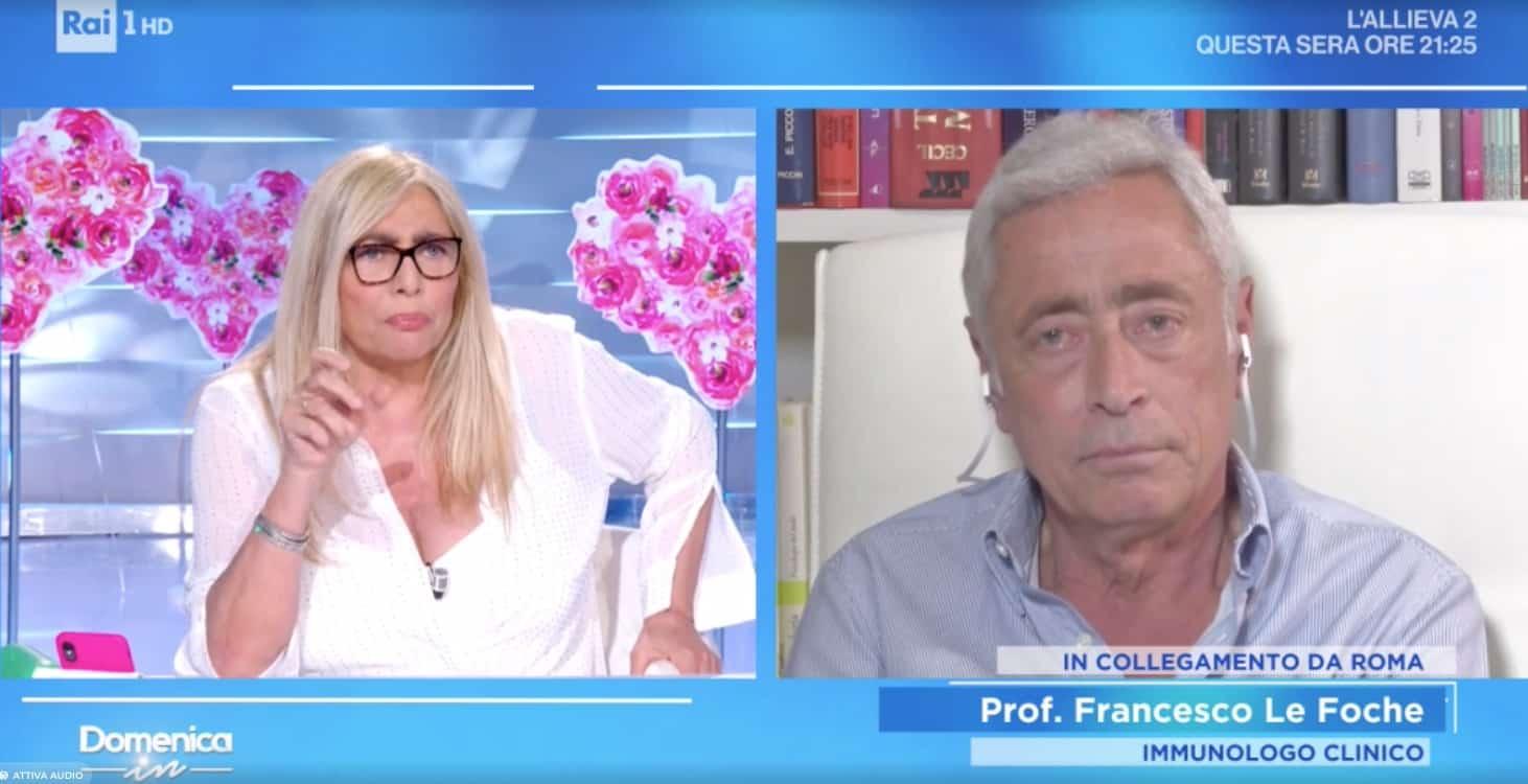Mara Venier da nonna cerca conforto da Le Foche: si potranno abbracciare i nipoti?