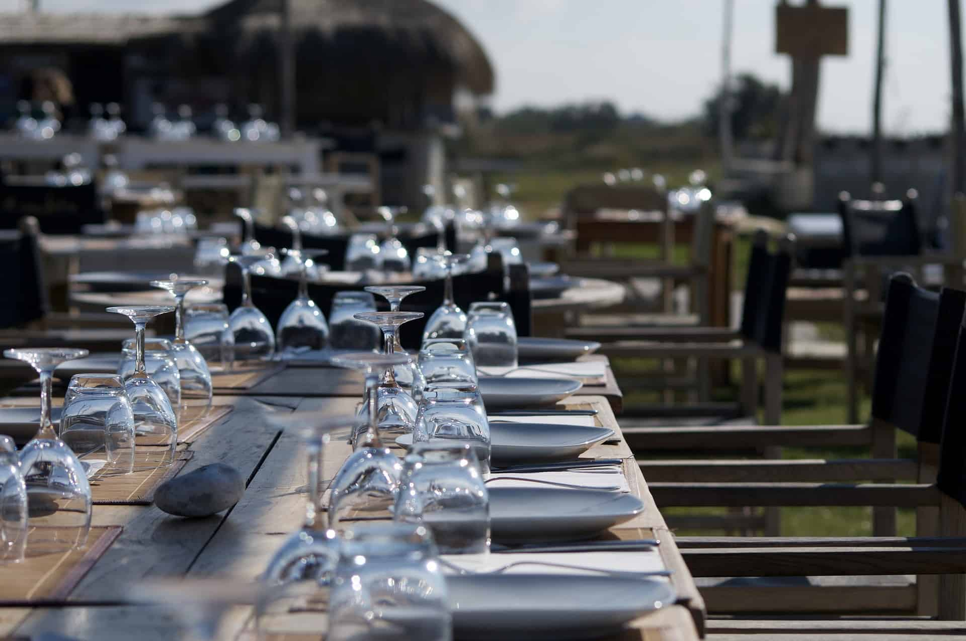 Se mangiare al ristorante con le nuove regole in fase 2 diventa un incubo non un'occasione di relax