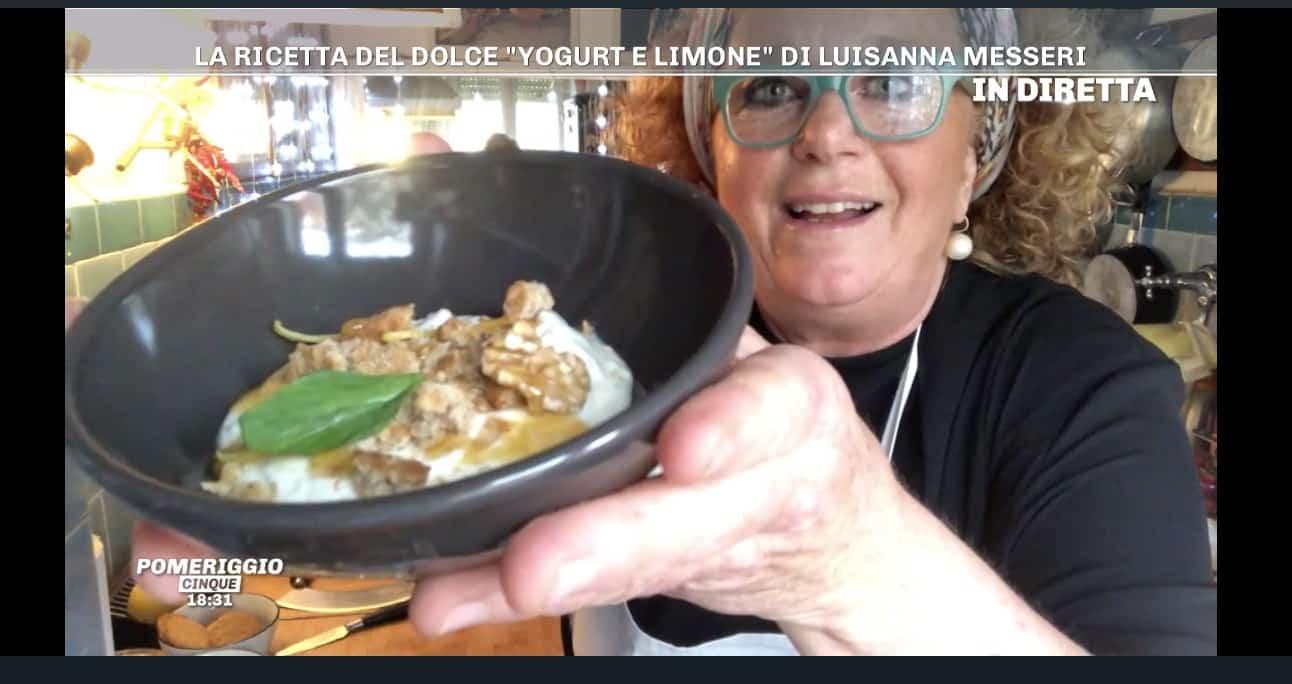 Fresco di yogurt e limone la ricetta di Luisanna Messeri per Pomeriggio Cinque