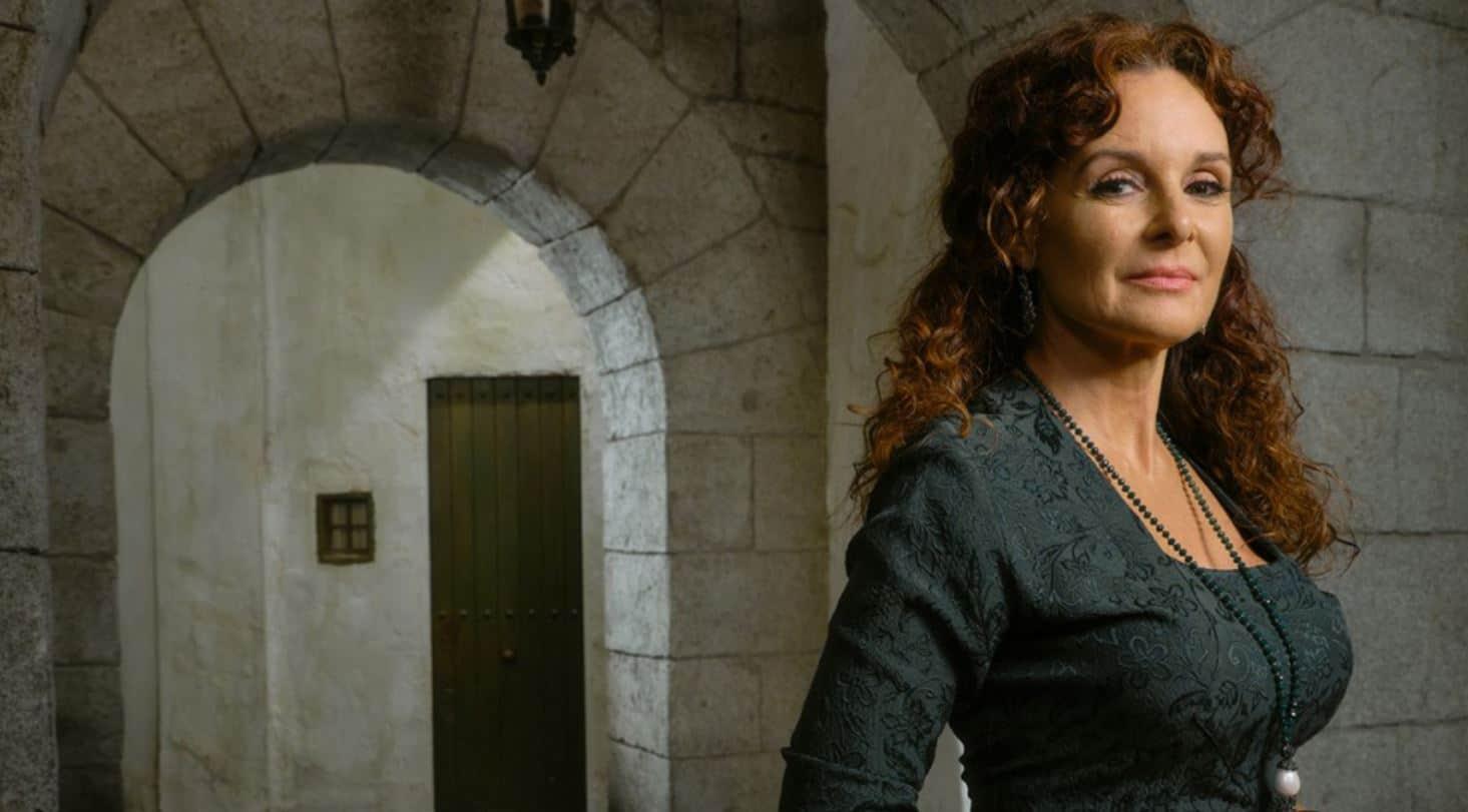 Il segreto anticipazioni, Francisca e la marchesa pronte all'affondono: rivogliono la Villa