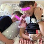 Alena Seredova, la prima foto dei tre figli insieme ma non c