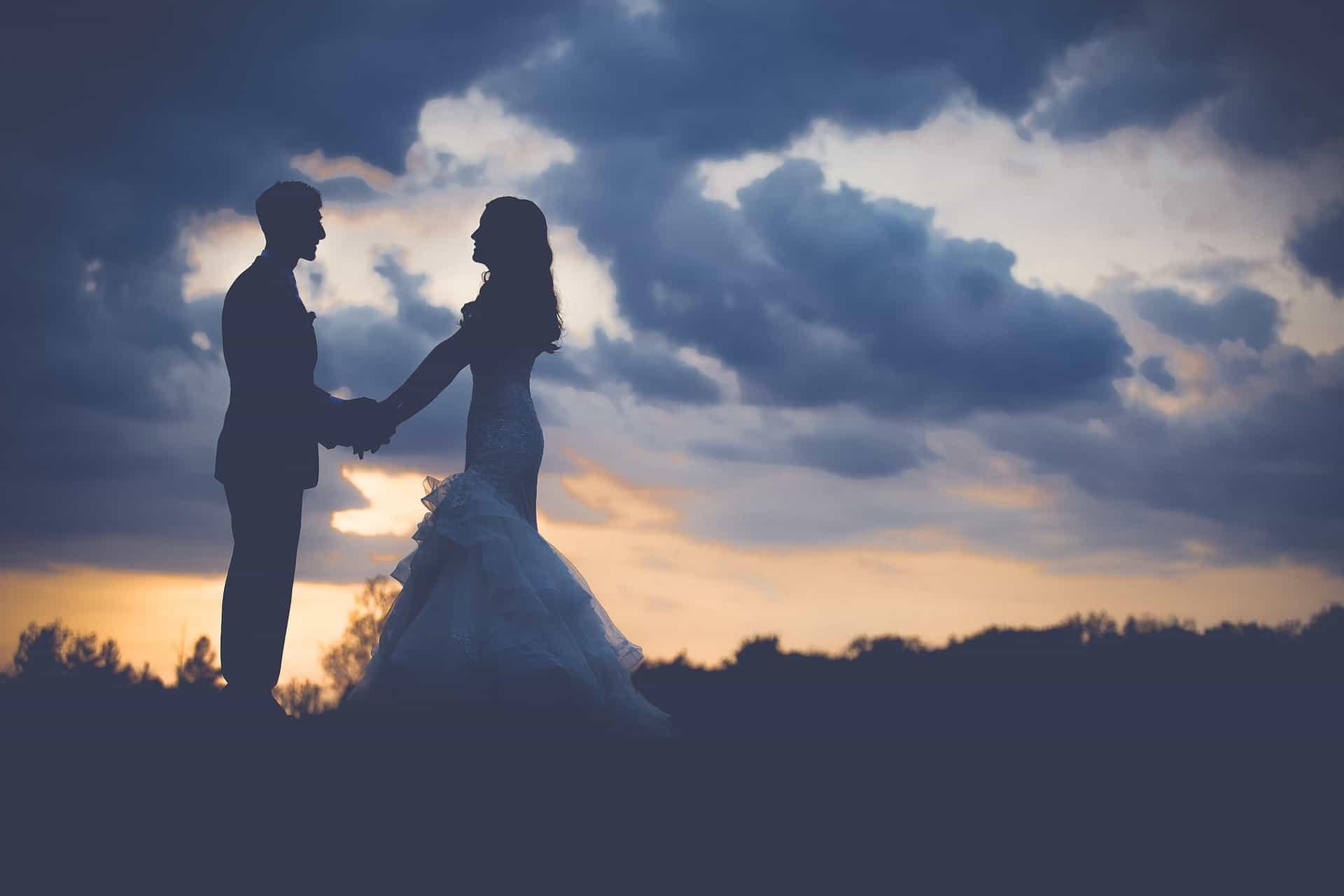 Matrimonio vip rinviati a causa del coronavirus: slittano le nozze non solo in Italia
