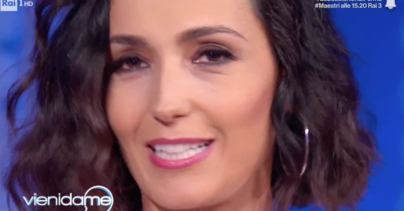 Caterina Balivo lascia la tv o Vieni da me? L'addio della conduttrice nella sua ultima puntata (Foto)