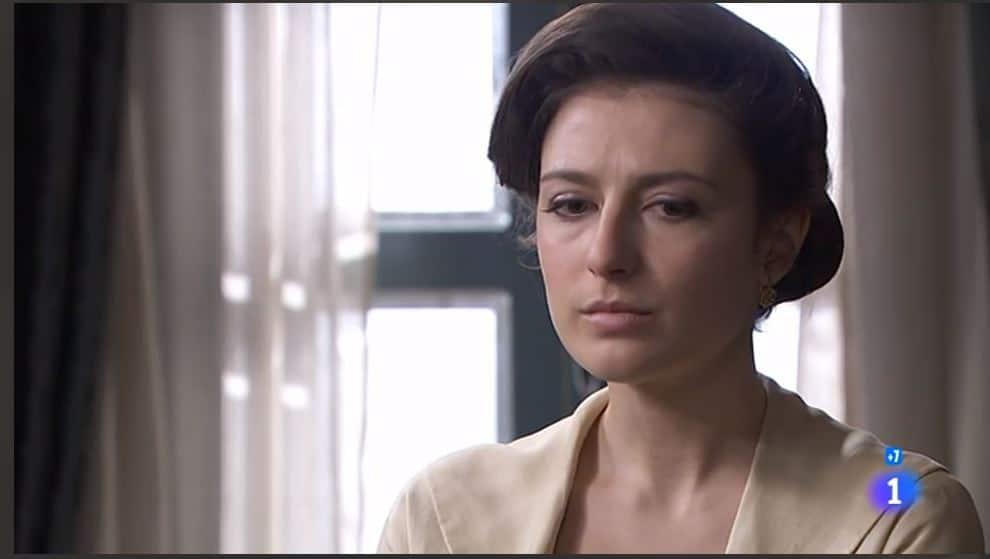 Una vita anticipazioni: Lucia pronta a dire la verità a Telmo, lascerà suo marito?