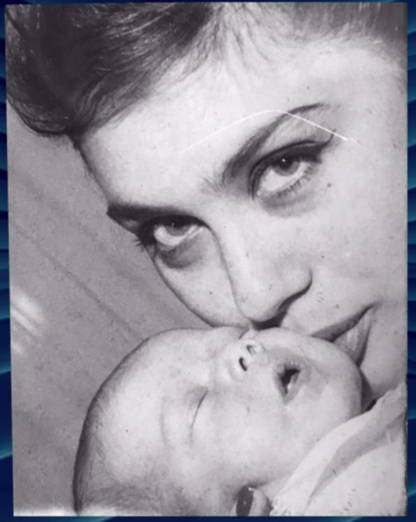 """Nancy Brilli: """"Morta mia madre la famiglia è esplosa"""" poi la mancanza d'amore (Foto)"""