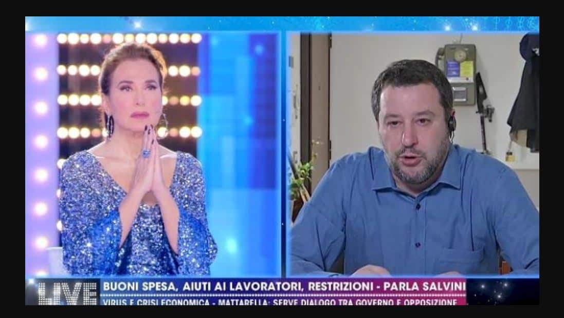 """Il Padre Nostro in diretta con Salvini a Live, la d'Urso commenta le polemiche: """"Io volo altissimo"""""""