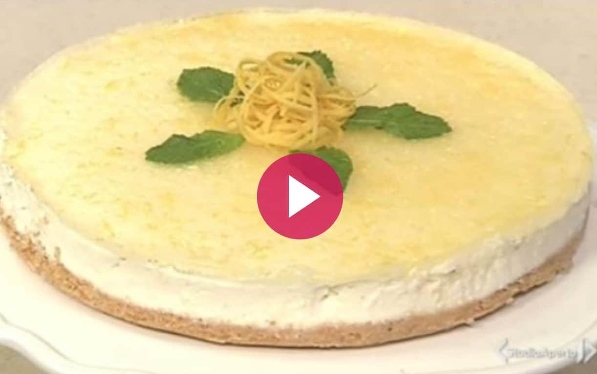 Cheesecake al limone, la ricetta dolce di Cotto e Mangiato di oggi