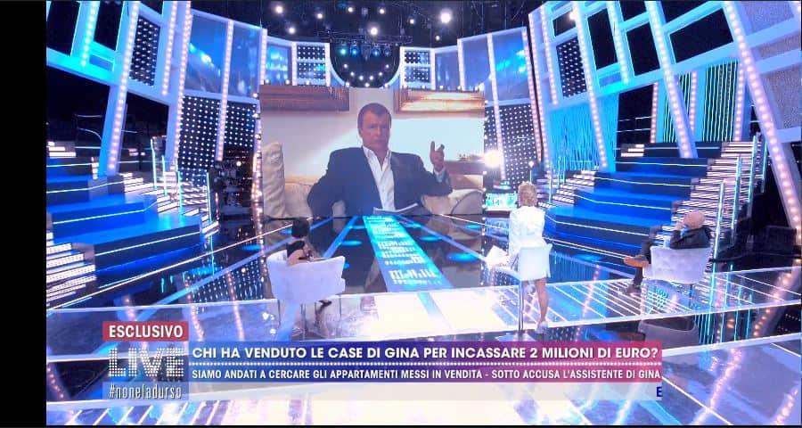 """Barbara d'Urso si infuria contro l'ex della Lollo: """"Fly down sii educato con me"""" (VIDEO)"""