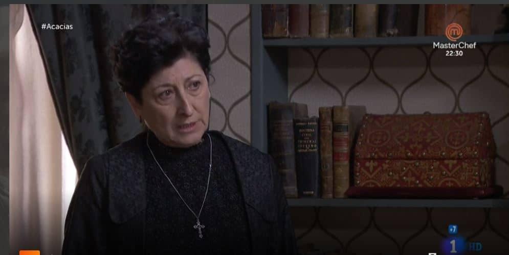 Una vita anticipazioni: Ursula dirà al marito di Lucia che lei lo tradisce?