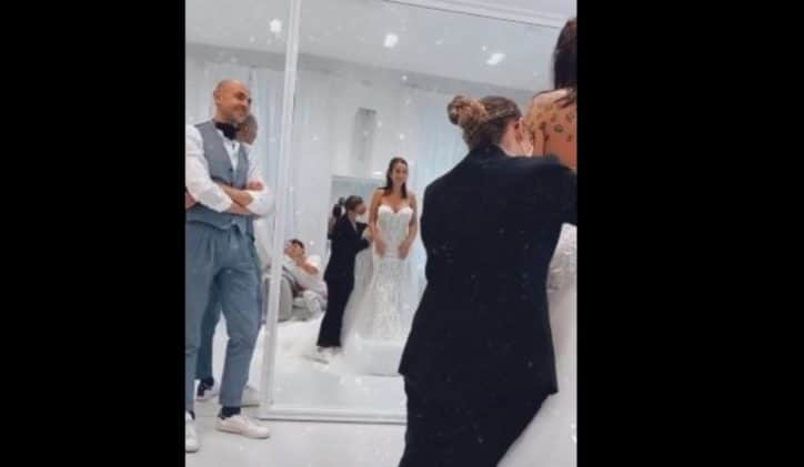 Elettra Lamborghini prova l'abito da sposa: tutto pronto per le nozze
