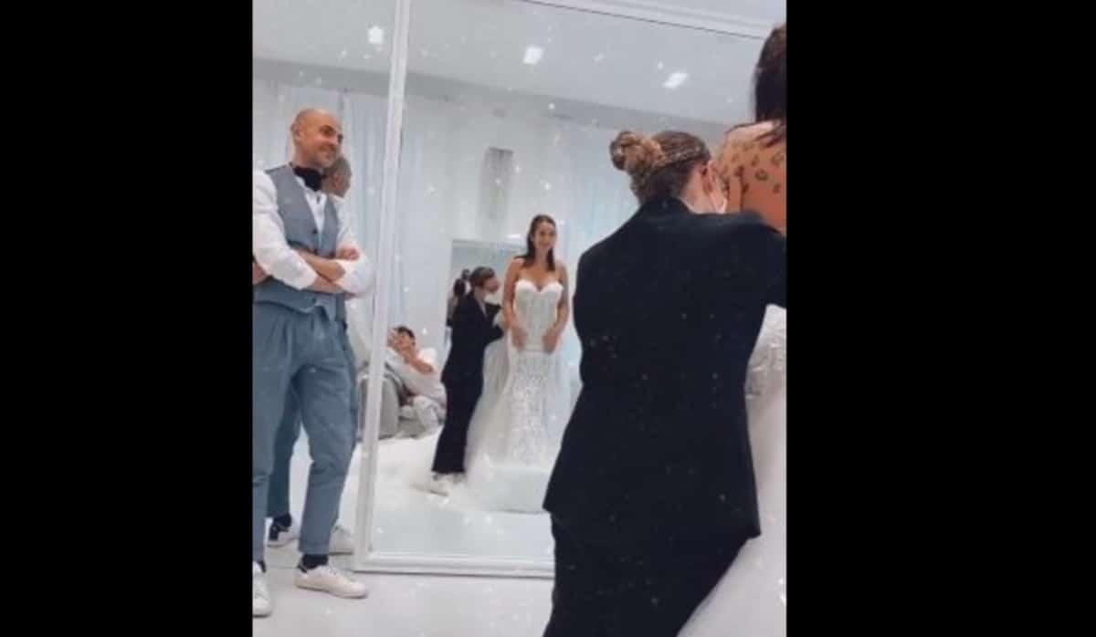 L'abito da sposa di Elettra Lamborghini, un matrimonio perfetto grazie a Enzo Miccio (Foto)