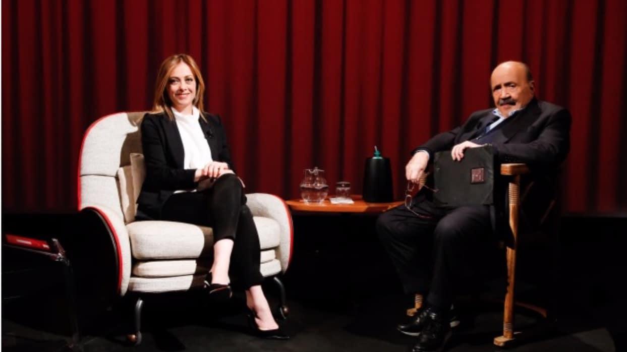 Giorgia Meloni a L'intervista, l'indifferenza verso suo padre e un altro figlio che non arriva