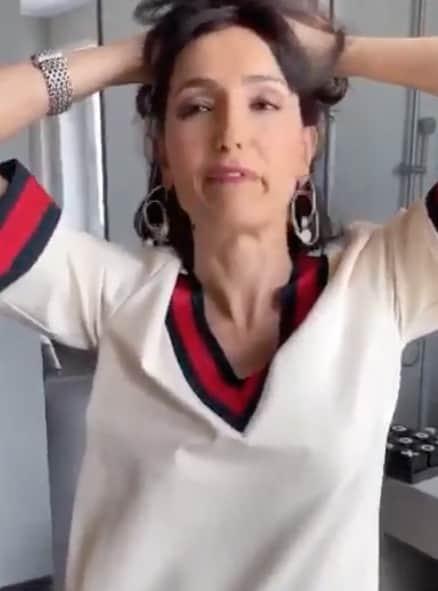 Caterina Balivo sommersa dalle critiche per la tinta fai da te (Foto)