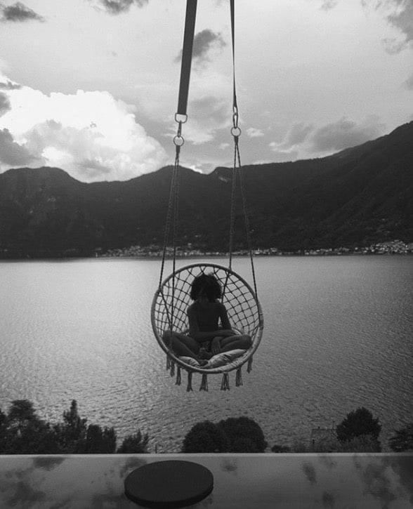 Stefano De Martino e Belen insieme, torna la speranza con i like alle foto