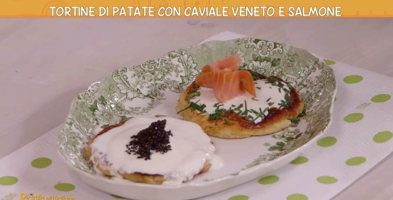 Ricette all'italiana: tortine di patate di Anna Moroni con caviale e salmone
