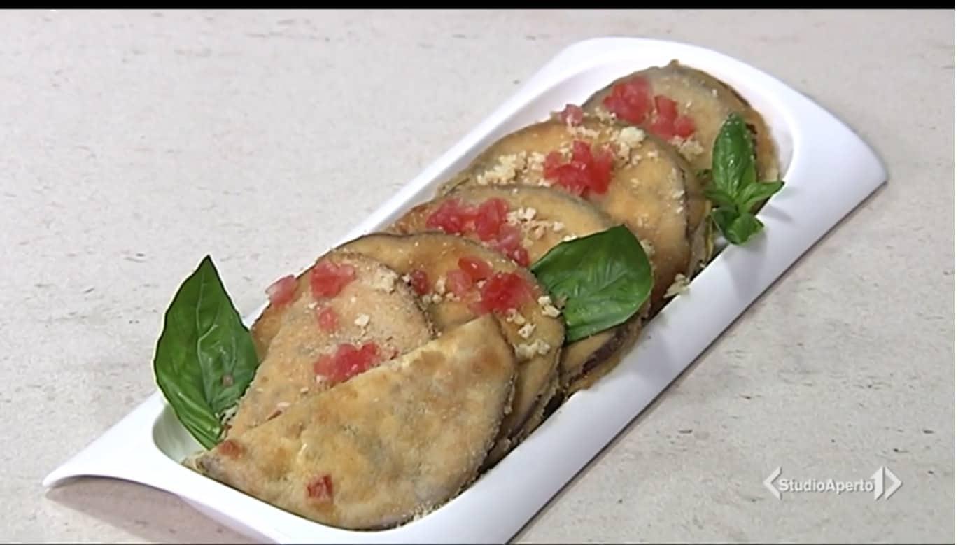 Medaglioni di melanzana ripieni, la ricetta Cotto e Mangiato dell'estate
